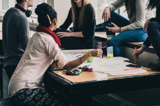 7 освітніх програм для освітян та едукаторів,  які відкривають нові можливості!